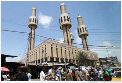 lagos-central-mosque-largest-mosque-in-nigeria